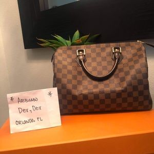 Louis Vuitton speedy 30 ebene $800